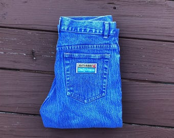Anti Basic mom jeans
