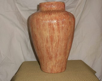 Medium Sculpted vase
