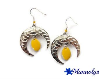 Moons and yellow enameled charms 3035 pendants earrings