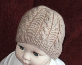 Cable knit baby hat in taupe Cashmere