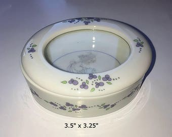 Vintage Porcelain Jewelry/Trinket Box with Glass See Through Top