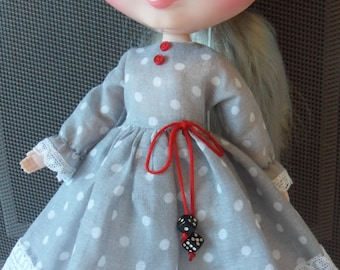 BLYTHE DOLL -- Made for Blythe a grey Dress and 1/2 slip--