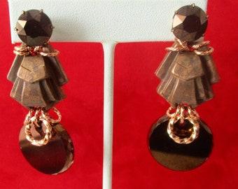 Pair of Vintage Deco Screw-Back Earrings