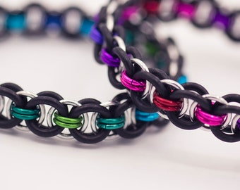 Ocean or Berry Aluminum & Rubber Chainmail Bracelet (Blue, Green, Silver)