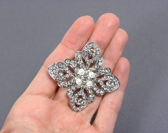 Vintage Style Bridal Brooch, Pearl Bridal Brooch, Crystal Brooch, Wedding Pin, Rhinestone Brooch with White Swarovski Pearl