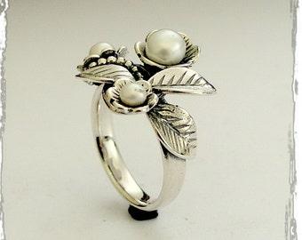 Pearl ring, Sterling silver ring, leaf ring, flowers ring, gemstone ring, June birthstone ring, woodland botanical ring - Tonight R1696