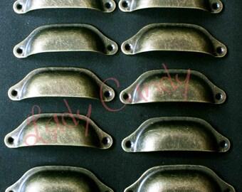 Lot 10 shell iron Drawer Dresser sideboard #120059 furniture handles