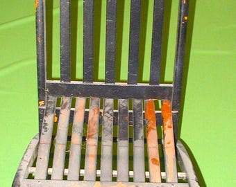 Folding solid oak wood chair vintage original made in USA south paris maine great patina works perfect