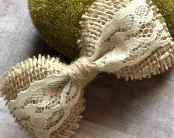 Burlap and Lace Bow Burlap Bow Lace Bow Burlap Hair Bow Lace Hair Bow Burlap Hair Clip Lace Hair Clip Rustic Hair Bow Flower Girl Burlap Bow