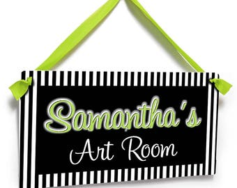 black and white stripes art room door sign -  green lettering plaque decor - P2070