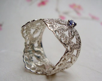 Leaf Lace ring in sterling silver with blue sapphire- september birthstone