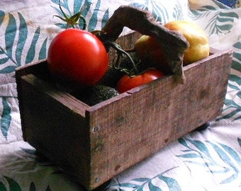 OOAK TOTE BOX, Driftwood handle, vintage wood,  knob feet, caddy, cubby, shabby chic decor, cottage style