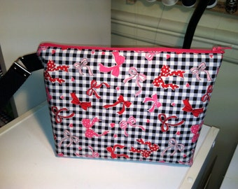 Pink and Red Hearts and Bows Little Bit Wristlet Bag