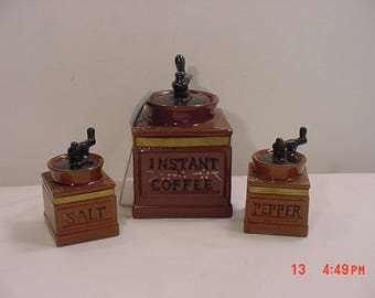 Vintage Mid Century Instant Coffee & Salt And Pepper Shaker Set  17 - 1187