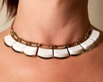 Vintage White Lucite Vintage Monet Choker Necklace, Gift for Her, Vintage Choker, Short Necklace, White Plastic, Monet Tag