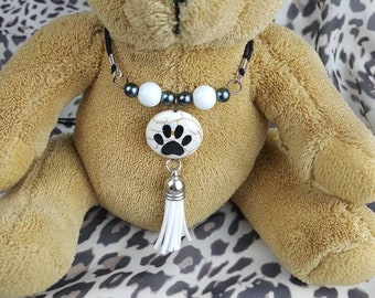 Stone Paw Print and Tassle necklace