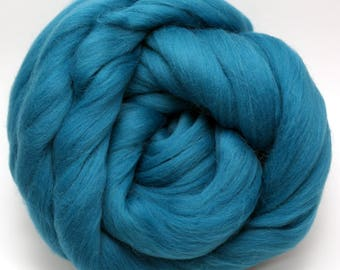 4 oz. Merino Wool Top - Atlas - Ships Free