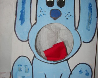 Blues Clues   Corn hole  game   with 4 bean bags