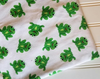 Marcus-Brothers-Fabric-By-The-Yard-Frogs-Green-Cotton-Flannel-Quilt-Fat-Quarter-Sew-DIY-Projects-Crafts-Supplies
