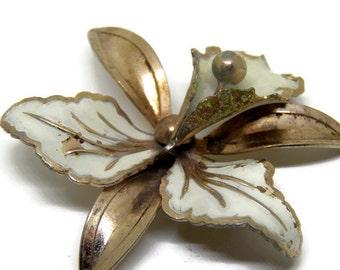 Vintage Iris Flower Goldtone Enamel Pin Brooch, Large Iris White Goldtone Metal Brooch, Large Bearded Iris Brooch Pin, Flower Jewelry Gift