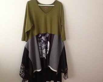 Upcycled Clothing Romantic Goth Punk Grunge Skull Bird Graphic Repurposed Recycled Top Tunic. Women's Size XL to 1x.