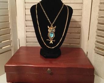 Vintage Owl Necklace / Owl Pendant / Vintage Necklace/ Retro / 1960s