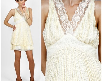 Vintage 70s Cream Accordion Pleat Sleeveless Lace Mini Dress | XXS XS