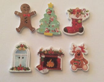 6 Various Christmas Wood Buttons/Xmas Buttons/Christmas Buttons/Craft buttons/Craft Embellishment/Sewing Buttons/Scrapbooking/Card making
