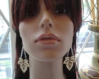 Beautiful Leave Wooden Earrings with Sliver Color Chain, Dangling Earrings, Long Earrings, Womens Earrings, Womens Jewely, Handmade Earrings