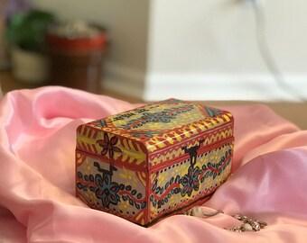 """Hand Painted Trinket Box: """"Sandook"""""""