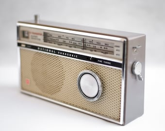Vintage National Panasonic Io, transistor Radio Model R - 307, radio vintage, collectible, made in japan, interior decoration, home decor
