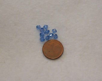 set of 10 faceted bicone beads 4mm blue