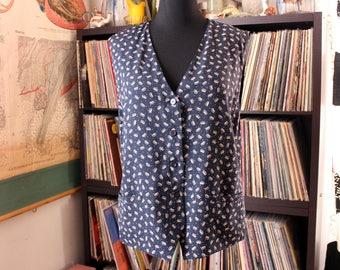 womens vintage 90s vest, navy blue feather or leaf print rayon, plus size 2x . Elizabeth by Liz Claiborne