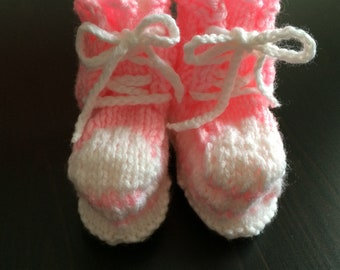 Baby girls Slippers, 12-18 mths, Pink High Top Booties, Knitted Baby slippers, Crib Shoes, Baby Girl Booties, Toddler slippers, Pink Booties