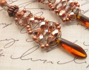 Boucles d'oreilles légères de cuivre-inspiré de Downton Abbey