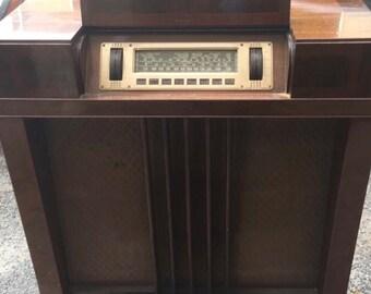 Original 1939 Art Deco Philco Radio Console - fantastic machine age styling PICK UP ONLY