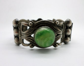 SALE Bracelet Old Mexican Silver Links of Silver and Onyx Stone Dyed Green