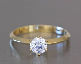 Prongs Engagement Ring, Prong Ring, 6 Prong Engagement Ring, Classic Solitaire Engagement Ring, Classic Diamond Ring, Solitaire Diamond Ring