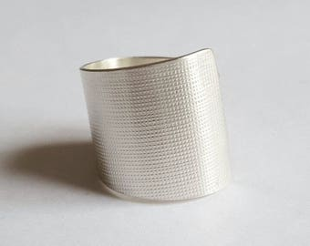 Silver textured tube ring