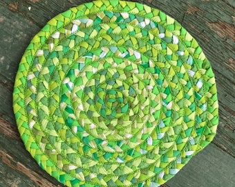 "10.5"" braided table mat"