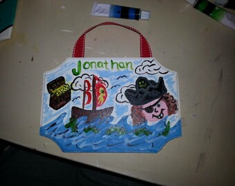 5x7 wall hanging, ship and pirate face with name