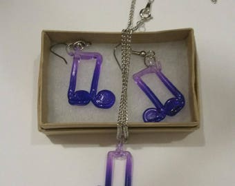 Note necklace and earring set