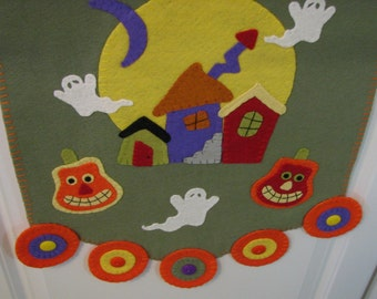 "50"" x 15"" Primitive-Folk Art Wool HALLOWEEN Table Runner - Penny Rug - Fiber Art - Home Decor - Halloween Decor -Haunted Village - Table Mat"