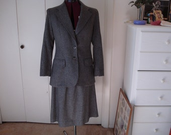 Vintage suit by Evan Piccone  in Gray Wool Size 10