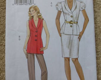 Vogue pattern V8563 Very easy Vogue Size  14-16-18-20-22
