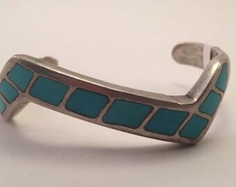 Vintage Zuni Lightening Bolt Zigzag Inlaid Turquoise Cuff