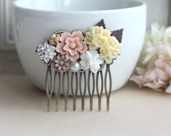 Vintage Inspired Flower Collage Hair Comb. Blush Pink, White, Ivory, Brown Flowers. Bridesmaids Gifts. Rustic Pink Country Wedding. Summer.
