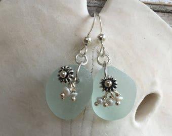 seafoam sea glass and pearls earrings, sea glass sea urchin earrings, Atlantic sea glass earrings, sea glass earrings, beach wedding