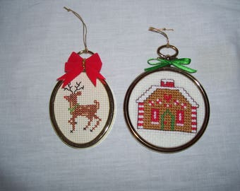 Rudolph Gingerbread House Cross Stitch Ornaments Wall Hanging