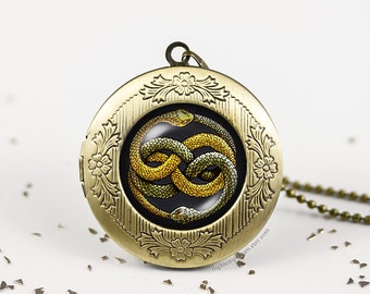Never ending story Auryn Ouroboros bronze silver vintage locket wish photo pendant necklace fantasy fantasia bastian gmork atreyu falkor